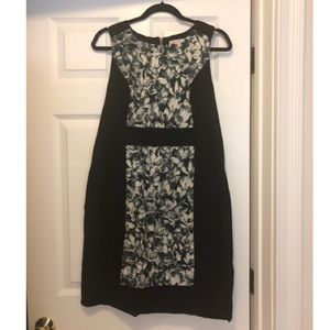 Fitted sleeveless dress